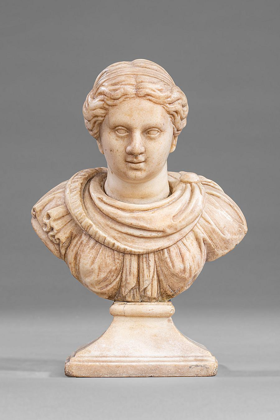"BUST OF A WOMAN "" ALL'ANTICA "" VENICE EARLY 18TH CENTURY"