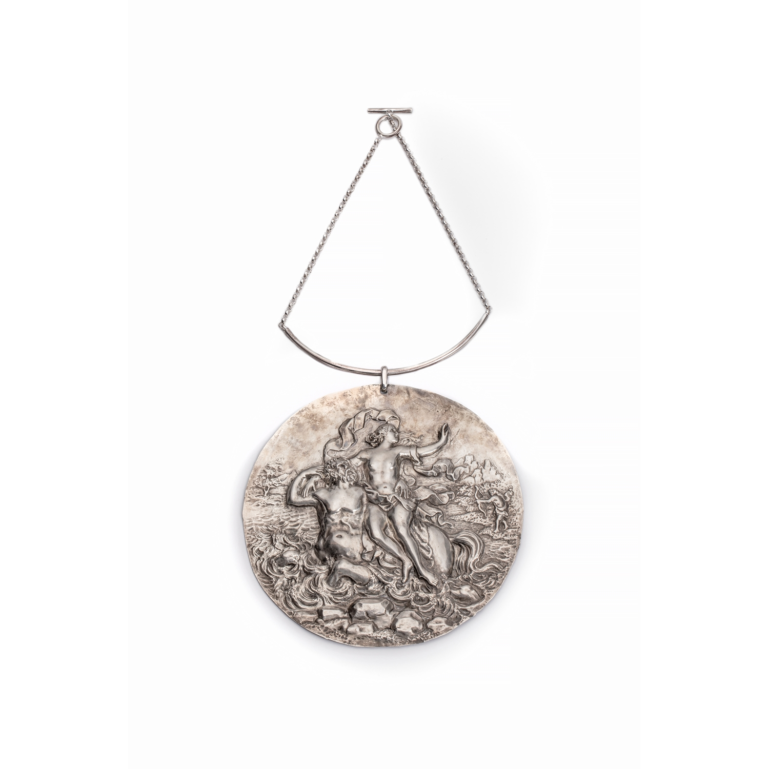 UNIQUE LARGE NECKLACE WITH A BAROQUE PLAQUE WITH A MYTHOLOGICAL SCENE FROM THE METAMORPHOSES OF OVID