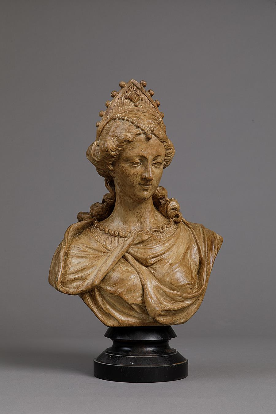 FLEMISH BAROQUE BUST OF A JEWELED LADY