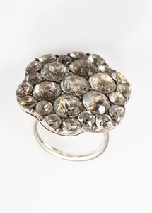 UNIQUE RING WITH A  GORGEOUS GEORGIAN BUTTON FROM A COURT COSTUME